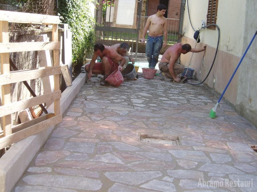Via dei Sabatelli Rifacimento pavimenti in pietra 2